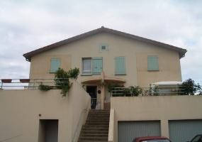 Appartement semi pavillonnaire en location T4 TOURNUS