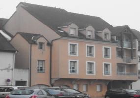 A louer Appartement T4 sur  l\'Ile St Laurent à CHALON SUR SAONE