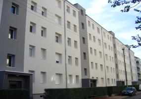 Appartement 2r etage balcon cuisine fermee chauffage compris